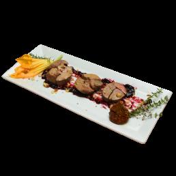 Гъши дроб със сладко от боровинки, орехи и смокини