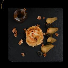 Запечено френско козе сирене с домашно сладко