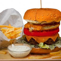 Тексаски Ранч Бийф Бургер + хайнекен кен 0.330мл